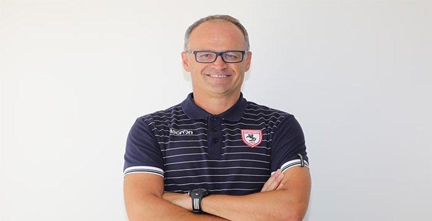 Samsunspor Teknik Direktörü İrfan Buz istifa etti